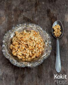Pecorinocrumble – rapea lisä salaattiin - Kokit ja Potit Cereal, Salads, Pecorino Cheese, Breakfast, Lisa, Recipes, Food, Morning Coffee, Essen