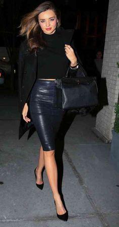 jupe crayon élégante en cuir noir                                                                                                                                                                                 Plus