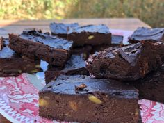 Ketogenic Chocolate Avocado Brownies recipe is delicious, healthy, and part of a ketogenic diet. Try these at your next keto party.