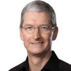 """Tim Cook: """"La privacy non si tocca. Apple pronta a combattere contro chi vuole cambiare le regole""""."""