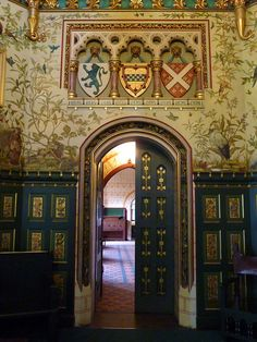 CARDIFF CASTLE - YEP. I WANT THE INTERIOR OF MY HOME TO LOOK LIKE A CASTLE.