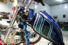 ~tank close up metal flake so nice Motorcycle Paint Jobs, Motorcycle Tank, Pinstriping, Helmet Paint, Old Motorcycles, Custom Paint Jobs, Tank Design, Kustom Kulture, Cycling Art