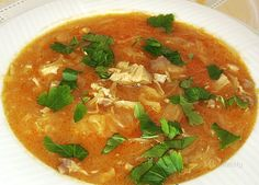 Zabíjačková kapustová polievka • recept • bonvivani.sk Thai Red Curry, Soup, Baking, Ethnic Recipes, Bakken, Soups, Backen, Sweets, Pastries