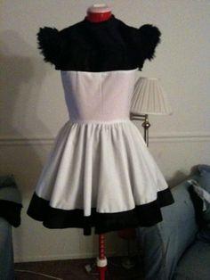 Panda costume. Love it. Panda Costumes, Cheer Skirts, Pop Culture, Cosplay, Halloween, Board, Anime, Fashion, Moda