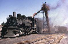 493 loading coal date& loc unk. Train Car, Train Travel, Time Travel Machine, Old Steam Train, Train Route, Railroad History, Abandoned Train, Choo Choo Train, Old Trains