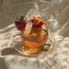 Do you love Tea? Check The Best Tea For a Peaceful Nights Sleep. me lounging in quarantine stocked up on my teas . Orange Aesthetic, Aesthetic Food, Aesthetic Coffee, Summer Aesthetic, Cute Food, Yummy Food, Kreative Desserts, Think Food, Oui Oui