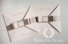 #partecipazioni #matrimonio #eleganti #quadrate #rosa #pois #fiocchi