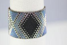 Peyote Bracelet Pattern - JOSEPHINE Bracelet in Black, Blue and Silver - Digital…