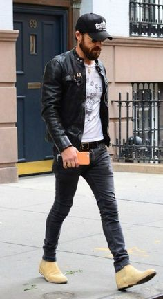 Jeans mens - Men Jeans - Ideas of Men Jeans - Types of jeans men needs to have in their wardrobe. Mode Dope, Stylish Men, Men Casual, Streetwear, Look Fashion, Mens Fashion, Mens Autumn Fashion, Fashion Clothes, Moda Hipster