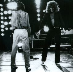 jimmypageonline:Led Zep at Knebworth 1979