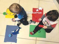 Insegnare i colori ai bambini piccoli - Insegnare i colori ai bambini piccoli può essere un bel gioco da proporre al tuo bimbo. Rimarrai stupita con quanta velocità i bambini imparano le cose! - BimBumMam