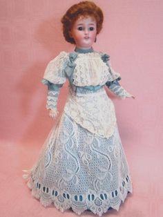 "17.5 In. German Simon Halbig ""Gibson Girl"" Lady Doll #1159 from dollstx on Ruby Lane Antique Dolls, Vintage Dolls, Antique Lace, German Fashion, French Fashion, Flower Girl Dresses, Doll Dresses, Lace Dresses, 1950s Outfits"