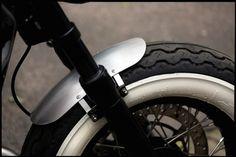 http://www.baakmotocyclettes.com/en/home/22-front-fender-universal-aluminium-motorcycle-bonneville-v7-cafe-racer-custom-bobber.html