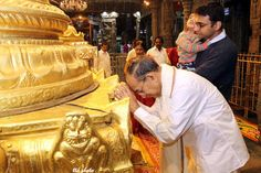 Sri V.S.Sampath present Chief Election Commissioner had darshan of Lord Venkateswara Swamy at tirumala. Sri V.S.Sampath and his family members offered prayers to Sri Varu inside the hill temple on Sunday morning.