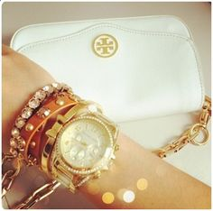White clutch for summer :)