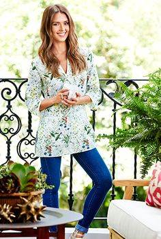 Jessica Alba wearing our Tomino Tunic featured on Domaine