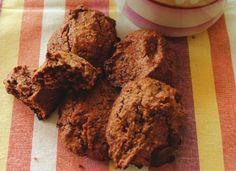 Biscotti al cioccolato, mandorle, noci e cocco