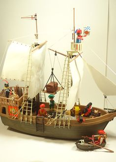Vintage Playmobil Super Deluxe Pirate Ship 104 by PreciousPast