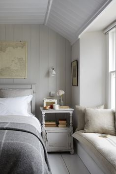 Idyllic coastal cottages to rent - cottage bedroom Home, Coastal Bedroom Decorating, Luxurious Bedrooms, House Interior, Cottage Interiors, Cottage Bedroom, Luxury Cottage, Luxury Bedroom Inspiration, Rent Cottage