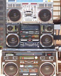 #music #retro #radiocassette #hifi #loro #musica #rap #rock #urbanstyle #lifestyle #streets