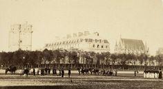 Vue extérieure de château de Vincennes, juin 1865, tiré en 1866 | Photographe : Ildefonse Rousset