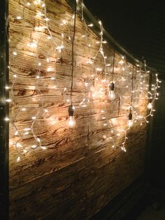 Always in love with wood and lights!