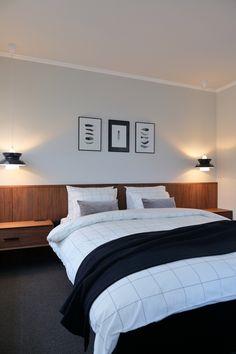 Hotel Room Design, Suites, House 2, Grey And White, Minimalism, Master Bedroom, House Design, Blanket, Wood