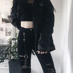 Korean Fashion Trends you can Steal – Designer Fashion Tips Egirl Fashion, Ulzzang Fashion, Grunge Fashion, Korean Fashion, Fashion Outfits, Fashion Ideas, Gothic Fashion, Fashion Clothes, Fashion Black