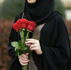 Alhamdulillah ❤ Allah is enough for me everytime❤ Beautiful Muslim Women, Beautiful Hijab, Beautiful Roses, Arab Girls Hijab, Muslim Girls, Hijabi Girl, Girl Hijab, Niqab Fashion, Muslim Fashion