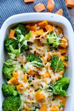 Broccoli bake with sweet potatoes - a quick children& recipe - Broccoli casserole with sweet potatoes – a healthy, colorful and quick children& recipe wit - Baby Broccoli Recipe, Broccoli Bake, Sweet Potato Baby Food, Banana Baby Food, Baby Puree Recipes, Baby Food Recipes, Chicken Recipes, Dinner Recipes, Ideas