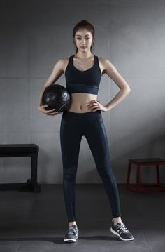 Best Weight Loss Tips in Just 14 Days If You want to loss your weight then make a look in myarticle. Kim Yuna, Sport Style, Sport Fashion, Fitness Fashion, Womens Fashion, Zumba, Asian Woman, Asian Girl, Athleisure