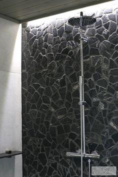Indirect light in shower Tile Ideas, Light Colors, Concrete, Tiles, Sweet Home, Sink, Bathtub, Lights, Shower