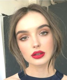 Nice 50 Elegant Natural Smoky Eyeshadow Makeup Ideas For Fall Party.c… Nice 50 Elegant Natural Smoky Eyeshadow Makeup Ideas For Fall Party. Natural Glam Makeup, Soft Eye Makeup, Natural Summer Makeup, Glam Makeup Look, Smokey Eye Makeup, Eyeshadow Makeup, Smoky Eyeshadow, Eyeshadow Ideas, Makeup Style