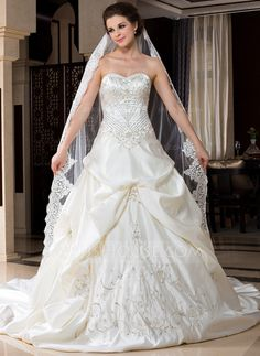 Wedding Veils - $33.49 - One-tier Cathedral Bridal Veils With Lace Applique Edge (006036671) http://jjshouse.com/One-Tier-Cathedral-Bridal-Veils-With-Lace-Applique-Edge-006036671-g36671?pos=related_products_5