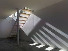 Image 10 of 16 from gallery of Exhibition Hall in Bertamirans / Salgado e Liñares arquitectos. Photograph by Santos-Diéz Construction, Cultural Center, Minimalist Design, Simple Designs, Furniture Design, Stairs, Culture, Interior Design, Architecture