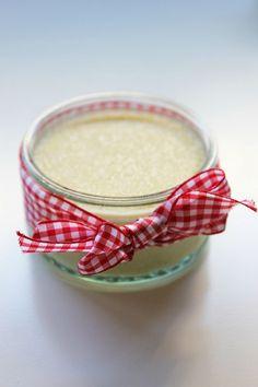 Semoule au lait à la Vanille de son Chéri. (http://lezestedecuisine.canalblog.com/archives/2012/11/25/25665427.html)