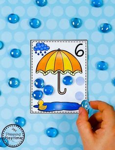 Raindrop Counting Cards - Fun Preschool Counting Games#preschool #planningplaytime #preschoolmath Preschool Math Games, Kindergarten Games, Fall Preschool, Preschool Letters, Preschool Activities, Space Activities, Art Games For Kids, Water Games For Kids, Lego Math