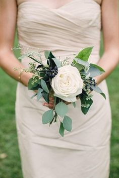 Simple Bridesmaid Bouquets, Small Wedding Bouquets, Budget Wedding Flowers, Inexpensive Wedding Flowers, Small Weddings, Barn Weddings, Destination Weddings, Romantic Weddings, Hydrangea Bridesmaid Bouquet