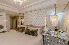 Bom dia! ✨ Quarto de casal sofisticado, clean e lindo by @adrianapivaarq. Amei❣@pontodecor Snap: 👻 hi.homeidea  www.bloghomeidea.com.br #bloghomeidea #olioliteam #arquitetura #ambiente #archdecor #archdesign #hi #cozinha #kitchen #homestyle #home #homedecor #pontodecor #iphonesia #homedesign #photooftheday #love #interiordesign #designdecor  #picoftheday #decoration #world #instagood  #lovedecor #architecture #archlovers #inspiration #project #sabado #quartocasal
