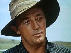 "In 1959 Hollywood came to the newly resituated Adaminaby race course for the filming of ""The Sundowners"", starring Robert Mitchum, Peter Ustinov, and Deborah Kerr."