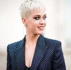 Peroxide pixies Cara Delevingne, Katy Perry lead the