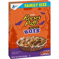 A Halloween-themed cereal featuring sweet and crunchy corn puffs shaped like bats and packed with peanut butter flavor. Corn Puffs, Reese's Puffs, New Cereal, Halloween Look, Halloween 2017, Halloween Party, Hershey Cocoa, Granola Cereal, Crunch Cereal
