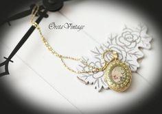 Necklace jewelry vintage photo locket pendant by OretaVintage