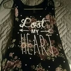 Floral tank Like new, worn maybe twice Rue 21 Tops Tank Tops