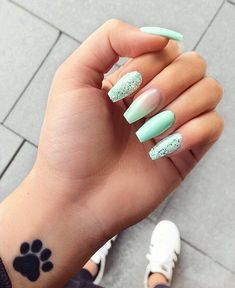 Mint green glitter nails acrylic nails natural in 2019 Acrylic Nails Natural, Best Acrylic Nails, Summer Acrylic Nails, Acrylic Nail Art, Glitter Nail Art, Turquoise Acrylic Nails, Glitter Accent Nails, Acrylic Nail Designs For Summer, Ombre Nail