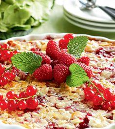 Kuva - Gluteeniton marjatoscapiirakka Free Base, Margarita, Cobb Salad, New Recipes, Cereal, Gluten Free, Baking, Breakfast, Sweet