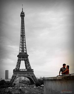 Lovers in Paris <3