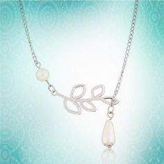 """FROM USA Elegant Ladies, Girls, Womans Jewelry New Come Fashion Round Pearl Meet Branch Leaf Leaves Meet With Drop Pearl Pendant Charm Silver Plated Clavicle Chain Waterdrop Pearldrop 20"""" in Necklace Gift Retail Value $100.00. Starting at $1"""