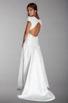 Les robes de mariée de Fabienne Alagama - Collection 2016 | Modèle : Allysson | Crédits : Fabienne Alagama | Donne-moi ta main - Blog mariage