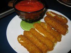 Bariatric Foodie: WLS-friendly Mozzarella Sticks